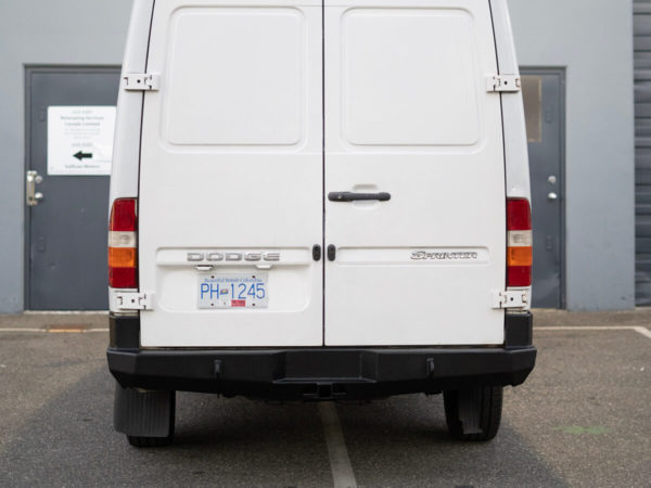 1st Generation Mercedes Sprinter Rear Bumper Kit 02