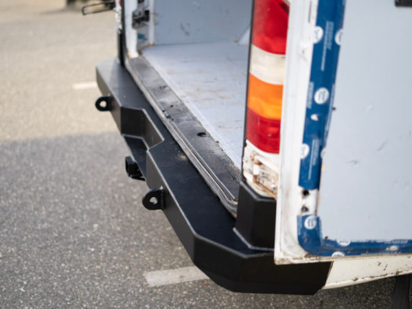 1st Generation Mercedes Sprinter Rear Bumper Kit 10